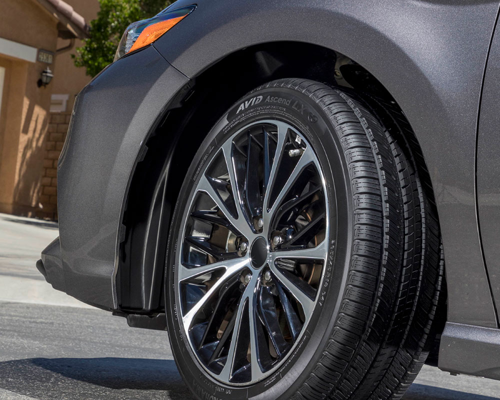 Yokohama Tire's New All-Season AVID Ascend LX™ Offers Long Mileage, Superb Wet Traction and a Quiet Ride