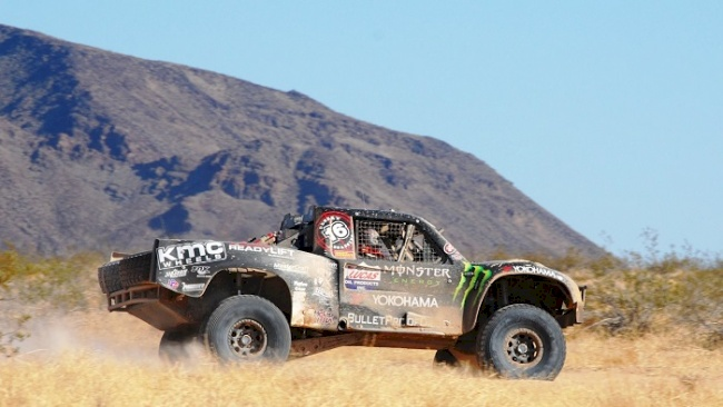 Yokohama Tire Corporation's Off-Roader Racers Cameron & Heidi Steele Team-up at Best in the Desert