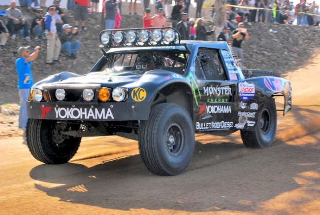 Yokohama Tire Corporation's Off-Road  Racers Reflect on 2013 Season