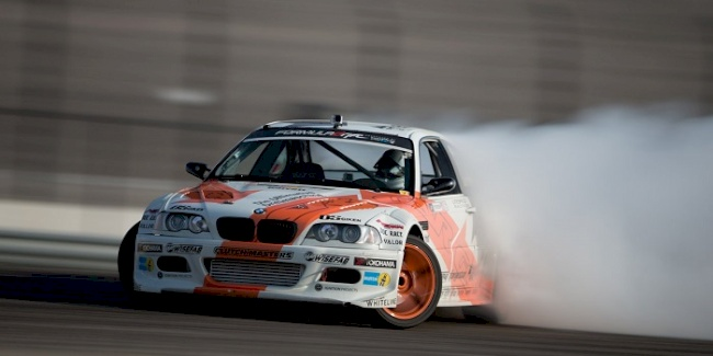 Yokohama Tire Corporation-Sponsored Drifting Driver Wins Texas Race and Takes Points Lead on ADVAN Neova<sup>&reg;</sup> AD08 R Tires